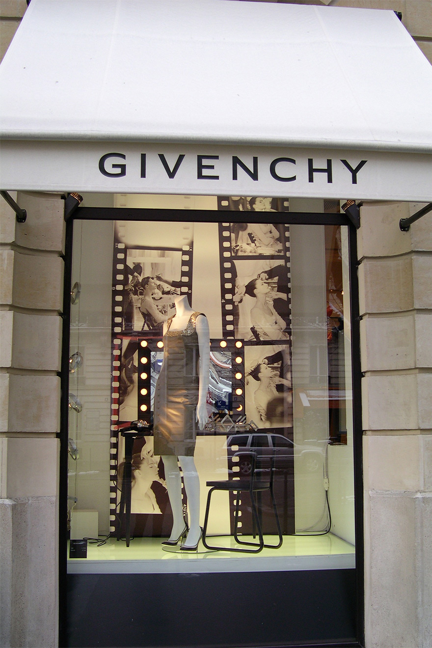 Givenchy Store Paris