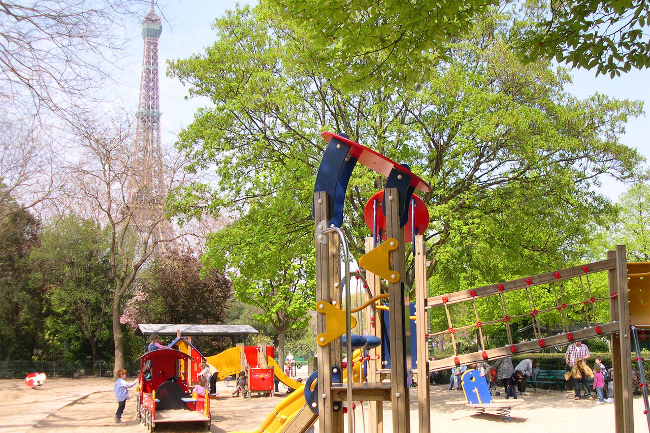 Playgrounds in the Champs de Mars are perfect for children