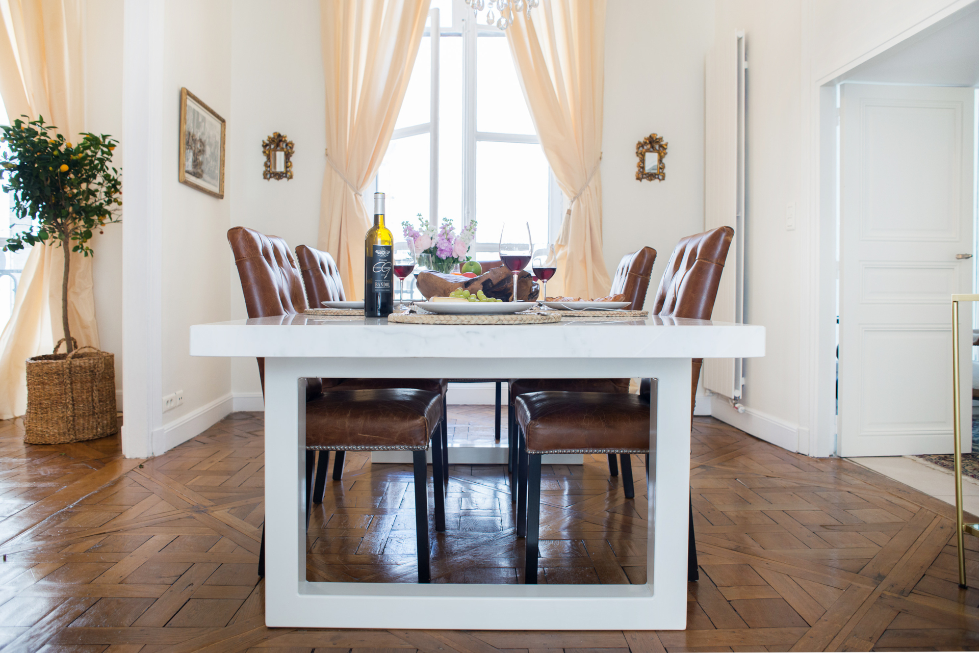 Gorgeous dining room with plenty of space in the Clos Jolie vacation rental by Paris Perfect