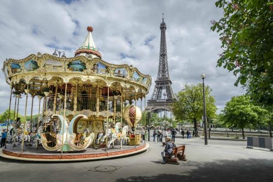 Kids Carousel Champ de Mars