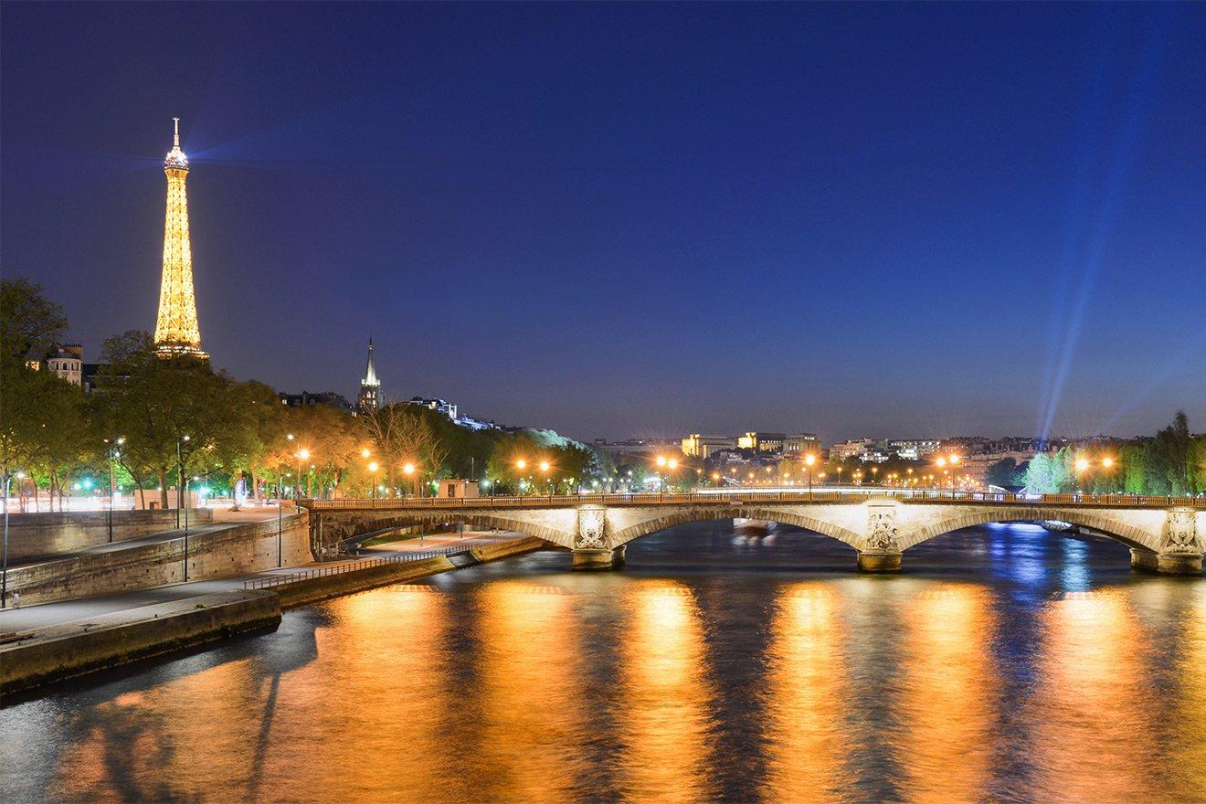 Paris Apartment Rental near Seine River
