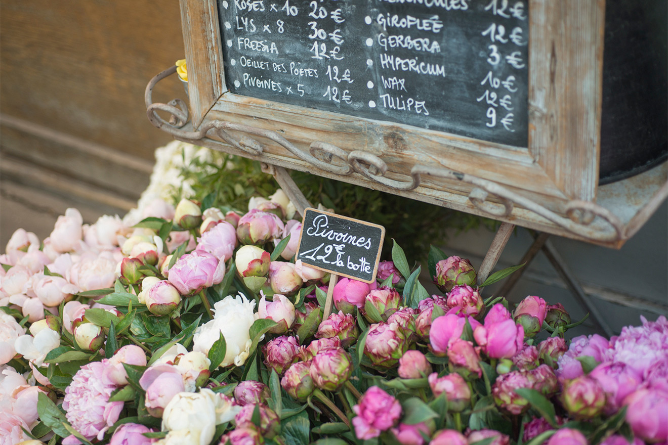 Find beautiful flowers along Rue Cler in Paris