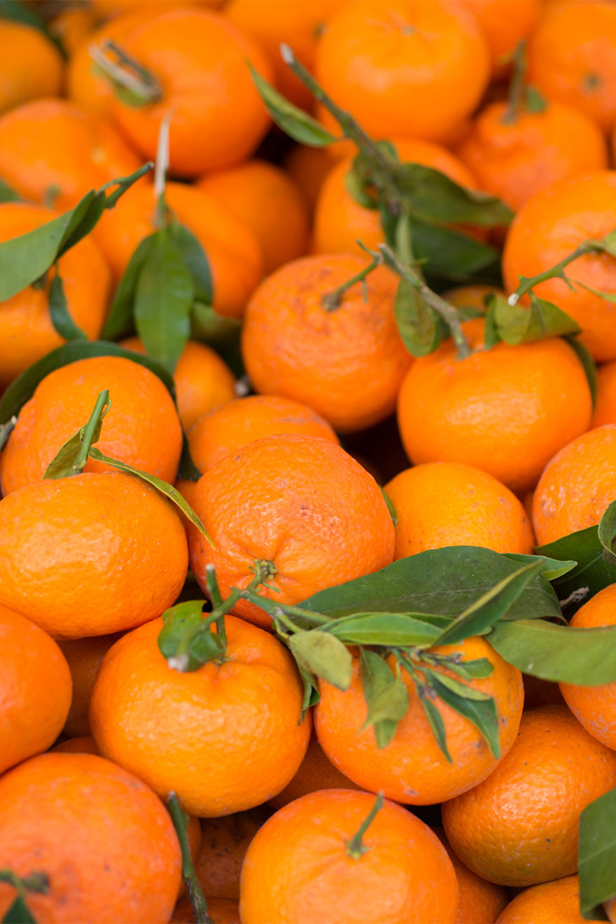 Mandarins in Paris Markets