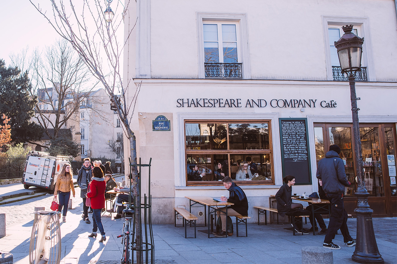Shakespeare and Co. cafe