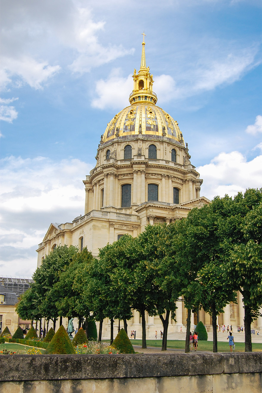 Gold dome of the Les Invalides in Paris