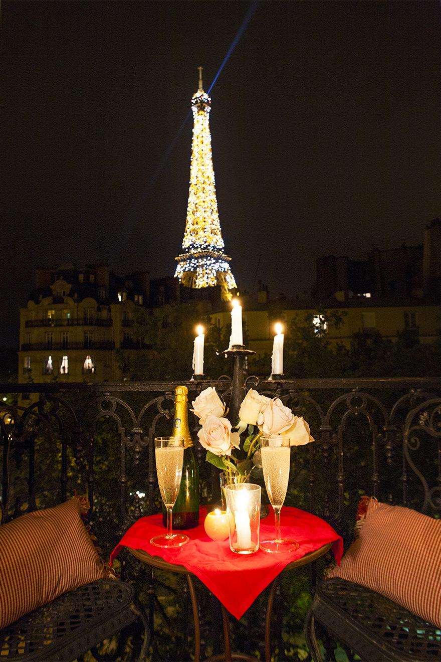 Eiffel Tower Light Show at Night