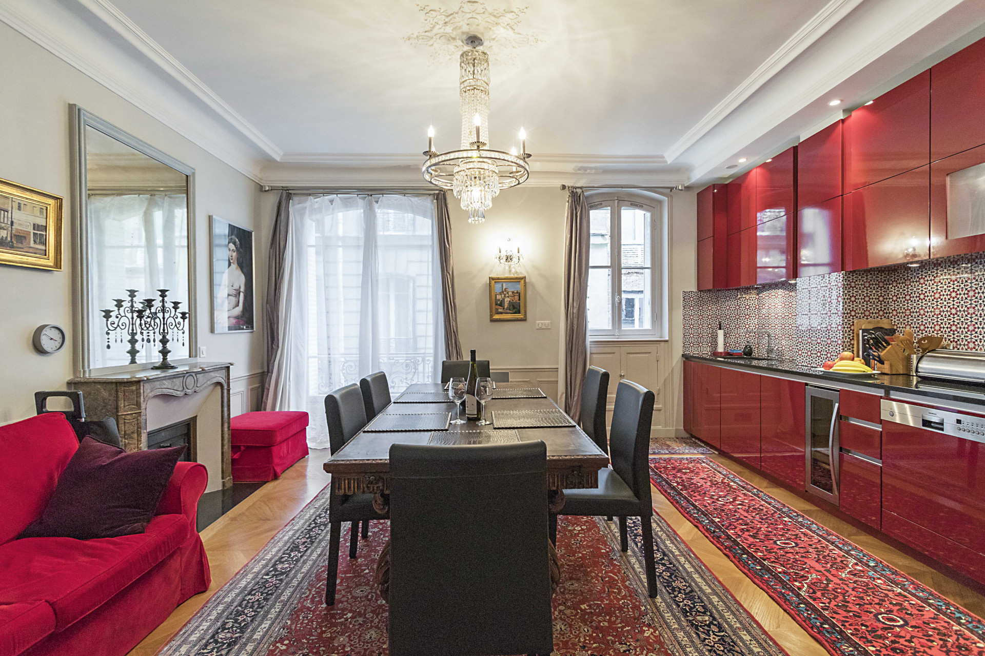 Enjoy your wonderful Parisian meals at this beautiful dining table in the Roannaise vacation rental by Paris Perfect