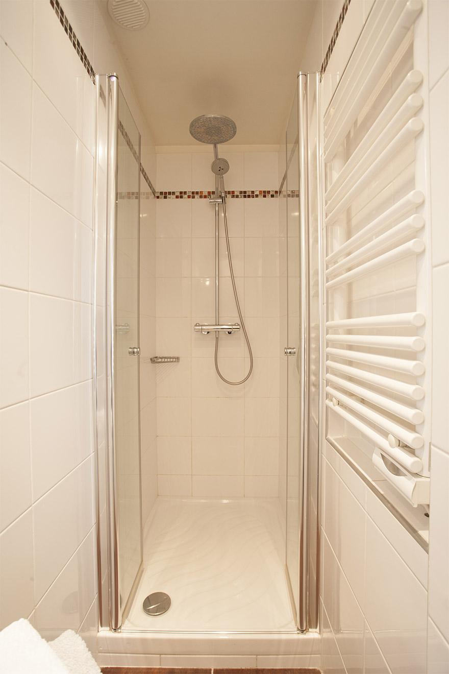 Shower in En Suite Bathroom