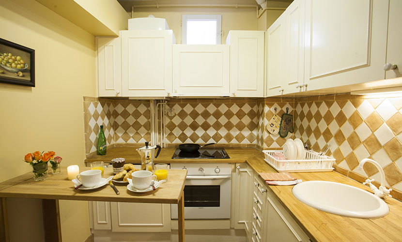 Fully-Equipped Paris Kitchen