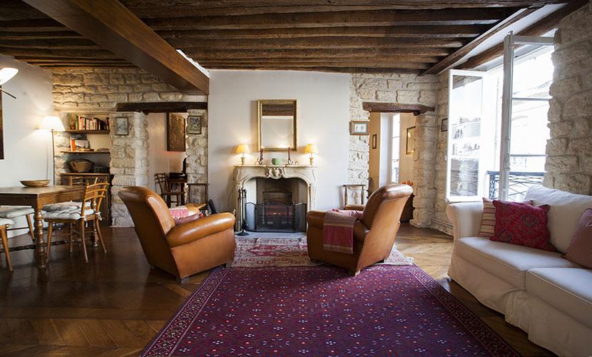 Cozy Paris Vacation Rental