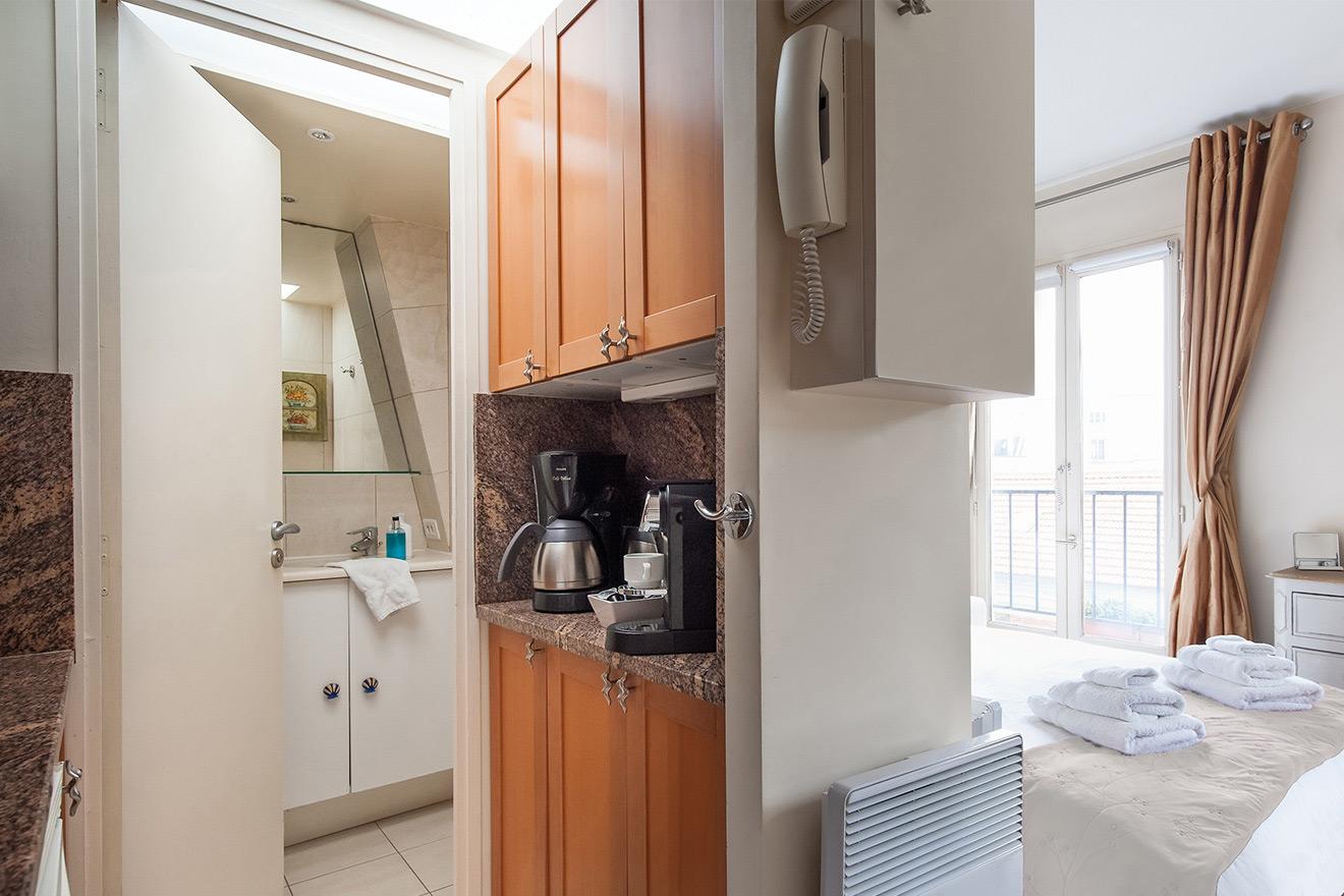 Parisian Breakfast - Studio Apartment Paris