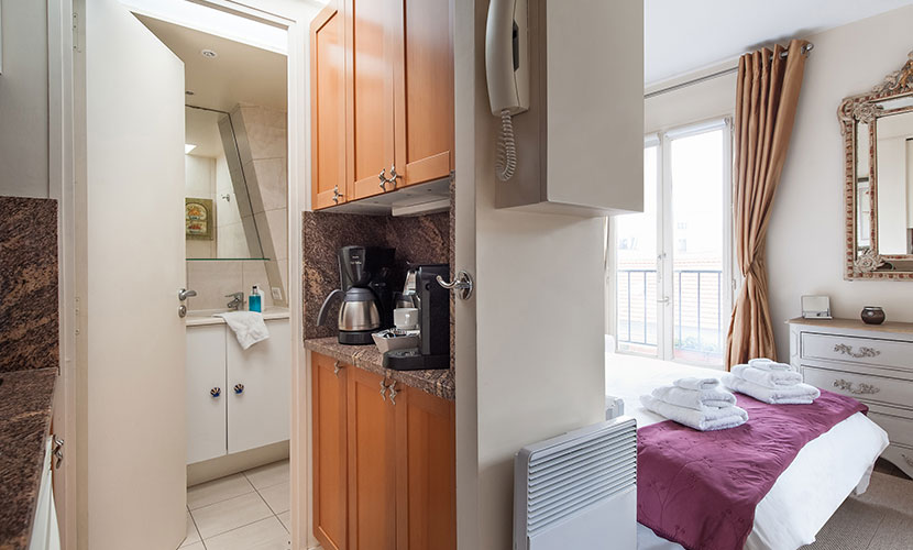 Parisian Breakfast - Studio Apartment Paris