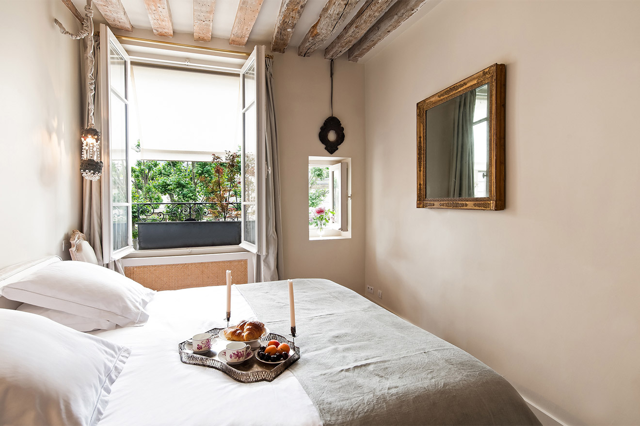 Luberon bedroom