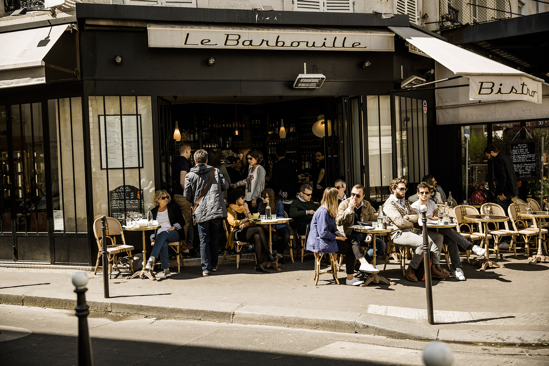 Local cafés in Paris