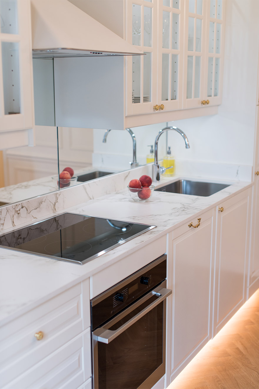 Newly remodelled and fully equipped kitchen of the Merlot vacation rental offered by Paris Perfect