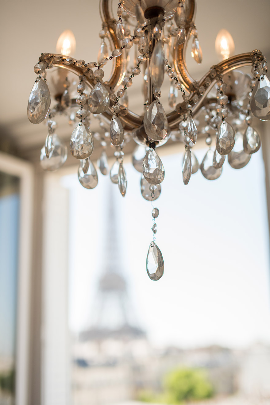 Elegant chandelier in the Chateau Latour vacation rental by Paris Perfect