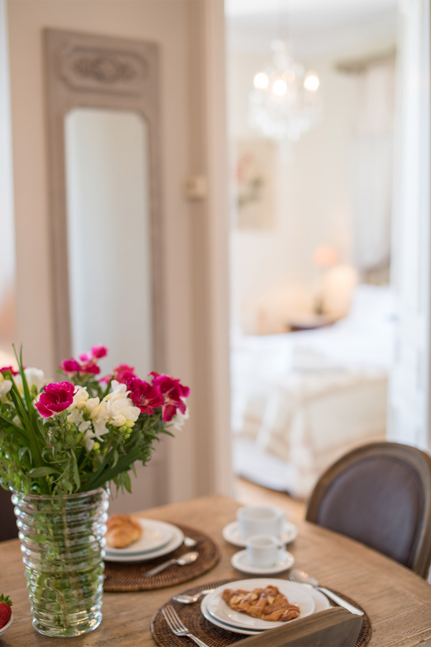 Dining table in the the Chateau Latour vacation rental by Paris Perfect
