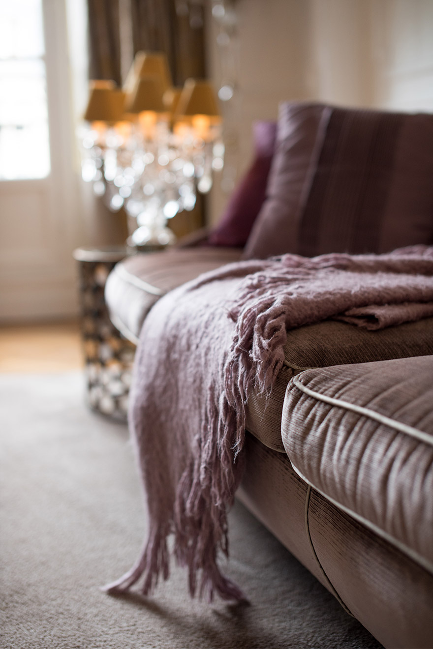 Comtesse living room