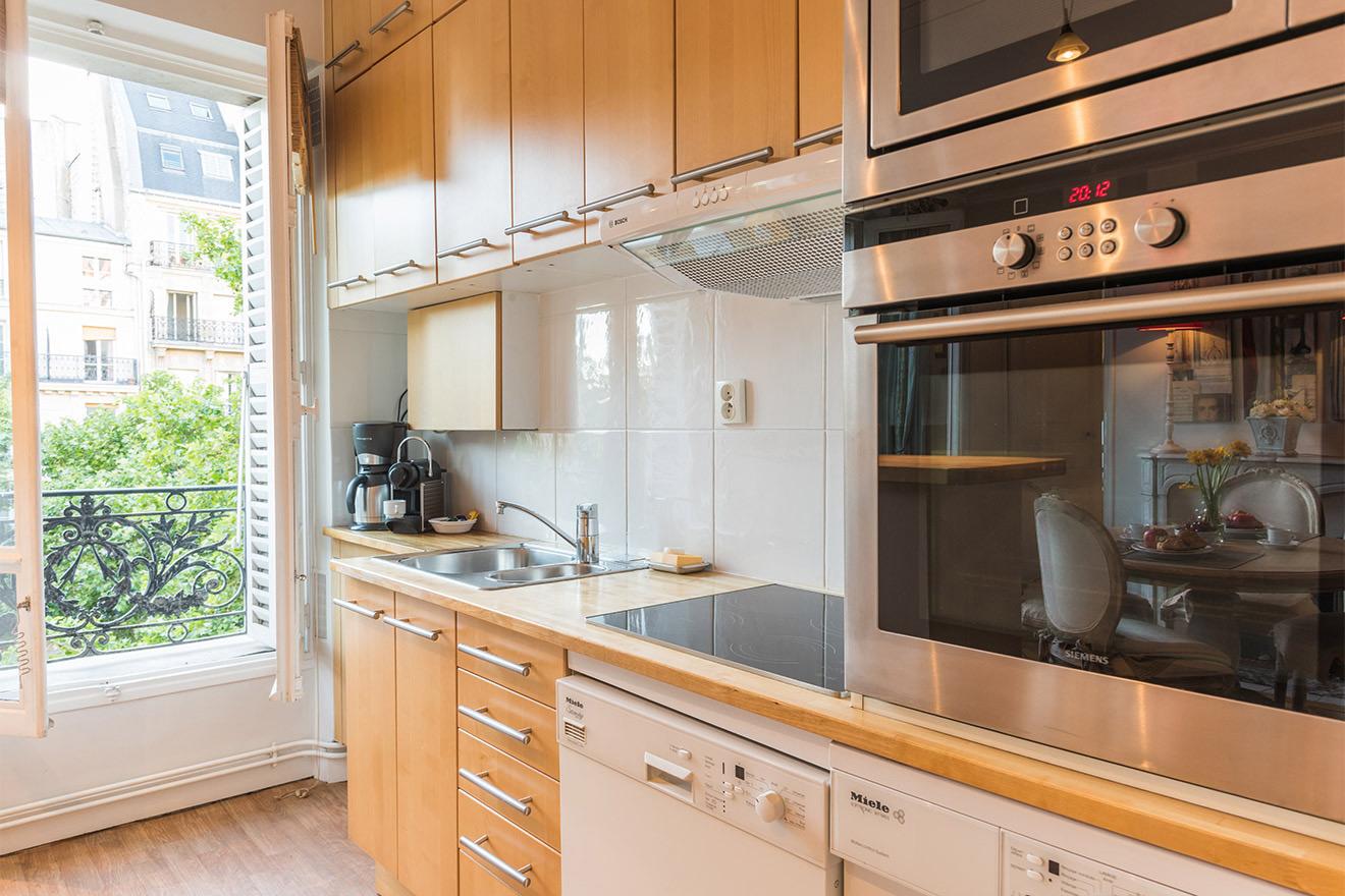 Givry kitchen