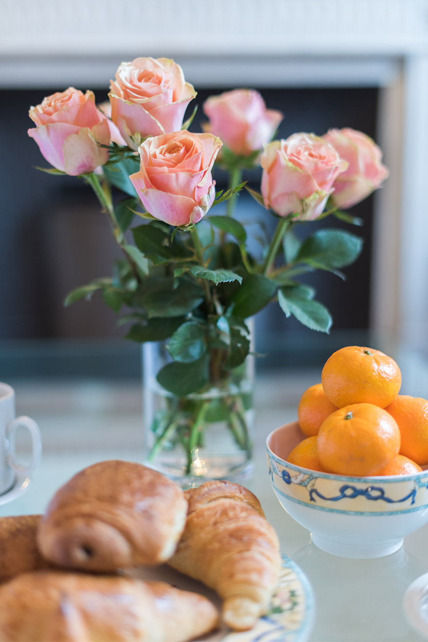 Croissants and flowers in the Mâcon vacation rental offered by Paris Perfect