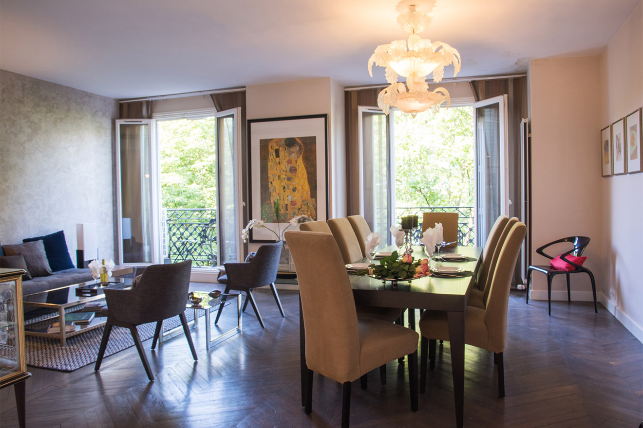 Grand French-style double living room of the Viognier vacation rental offered by Paris Perfect