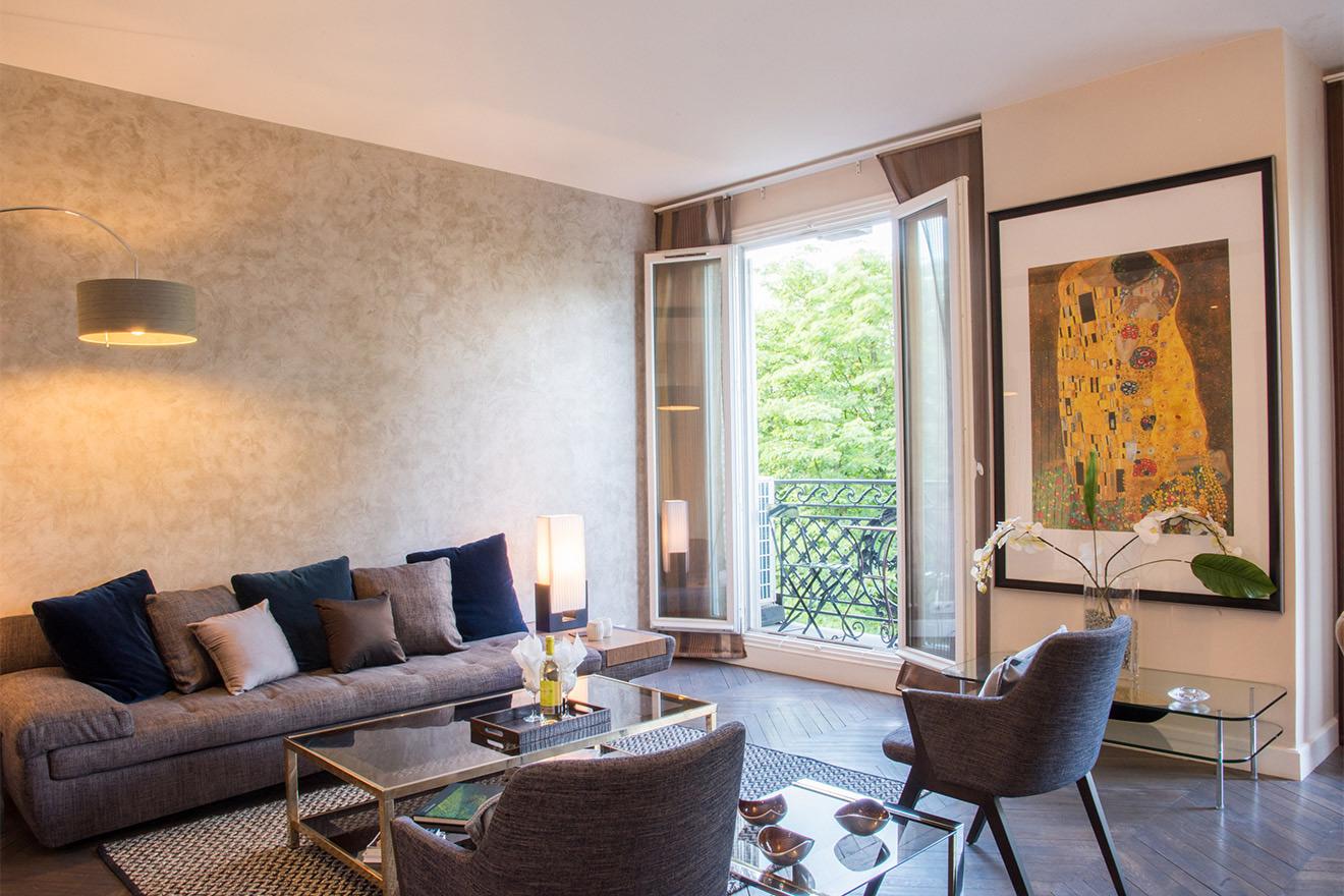 Viognier living room
