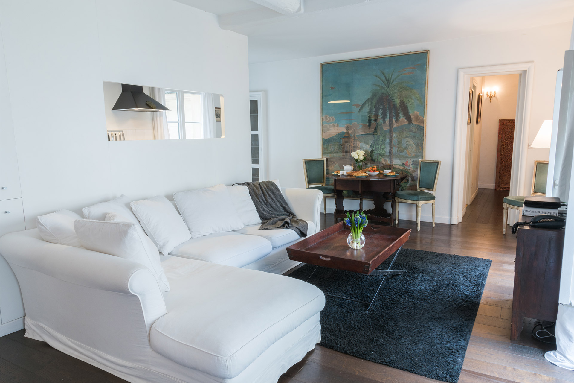 Comfortable seating area of the Jacquere vacation rental offered by Paris Perfect