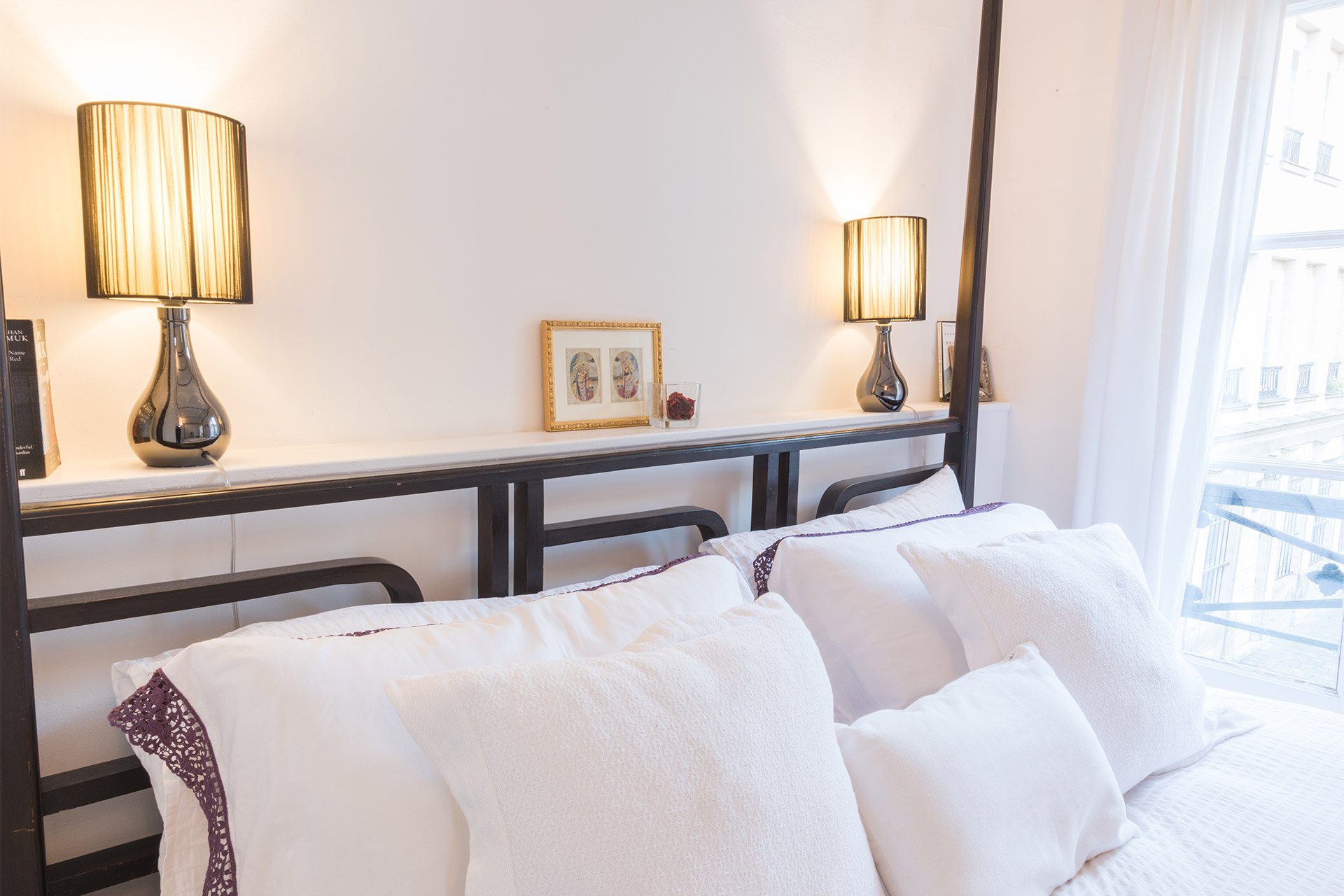 High quality linens, pillows and comforters in the Jacquere vacation rental offered by Paris Perfect