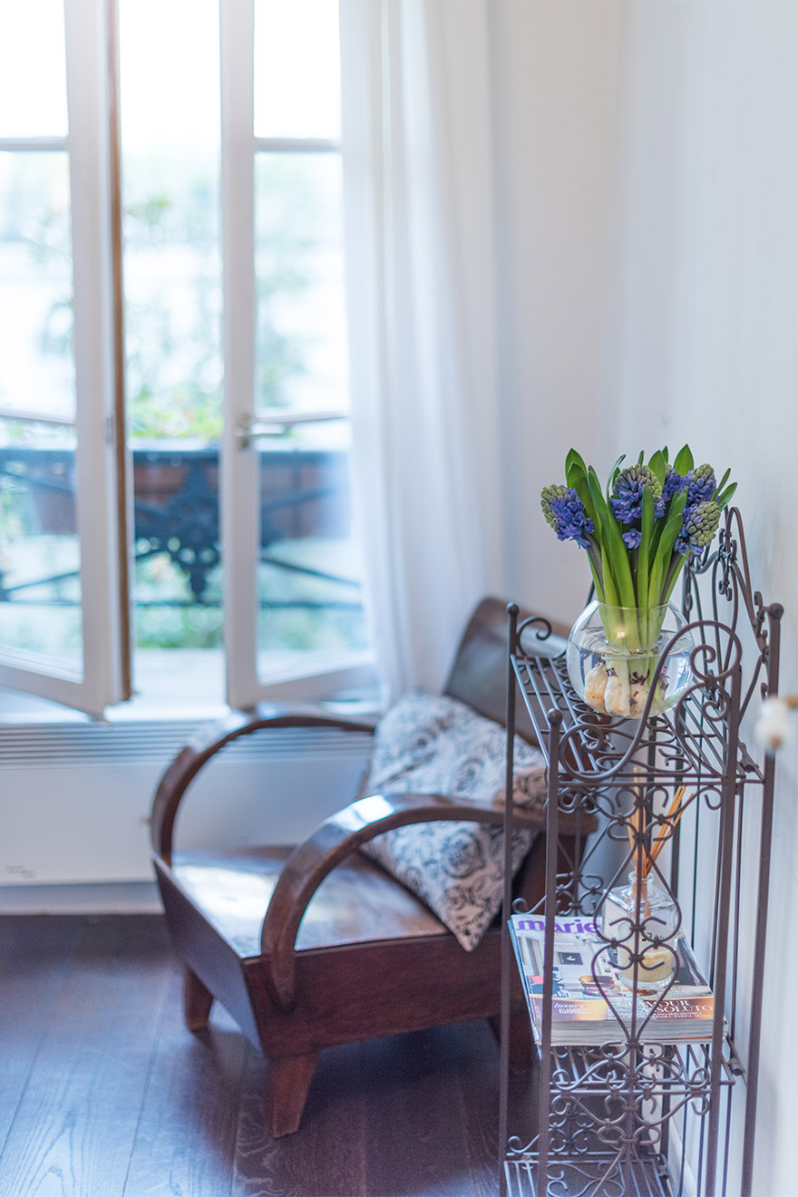 Charming seating area in bedroom 1 of the Jacquere vacation rental offered by Paris Perfect
