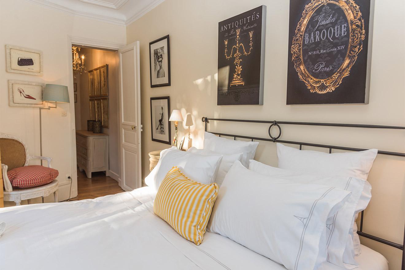 Jasnieres bedroom