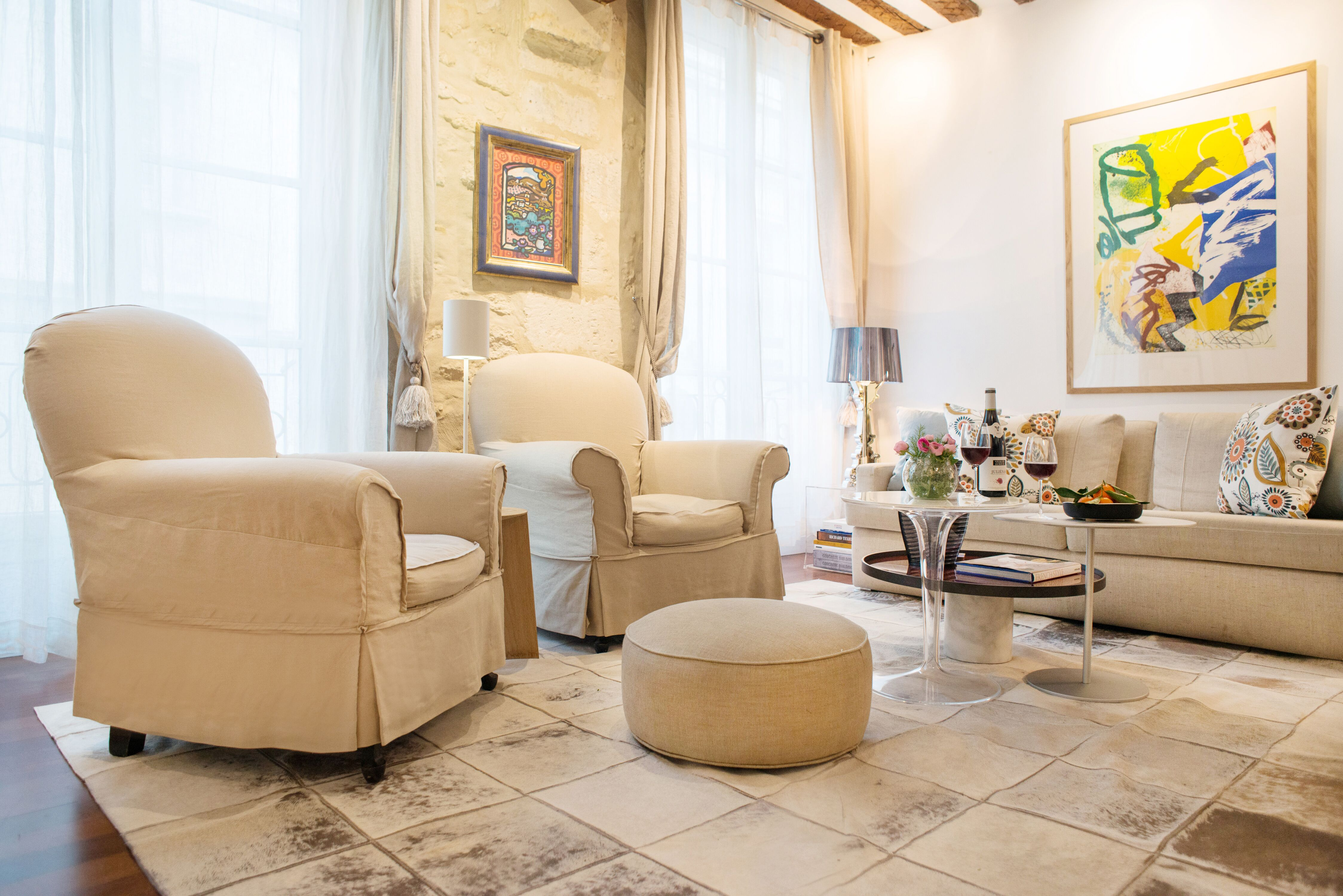 Beautiful Two Bedroom Vacation Rental in the 6th Arrondissement