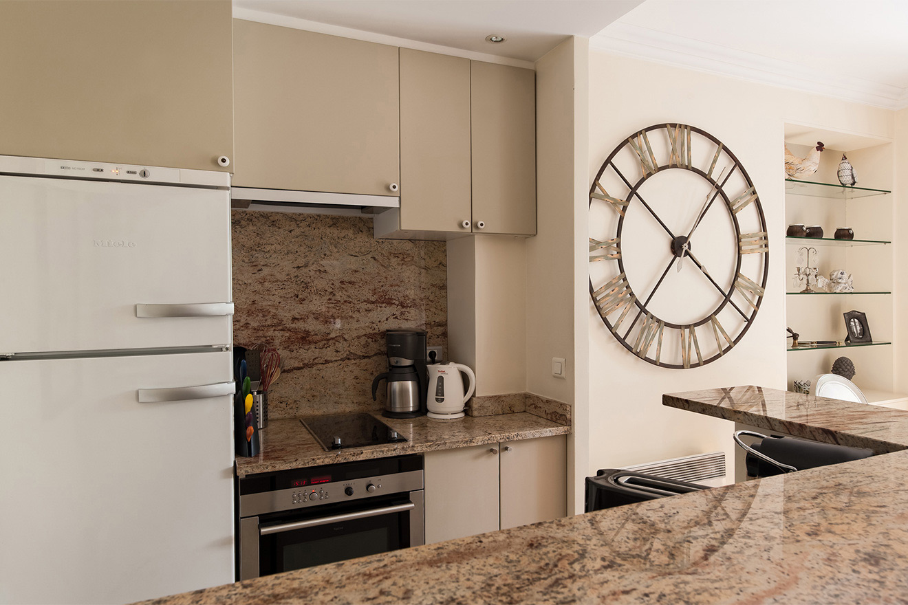 Kitchen has all the modern appliances in the Saint Julien vacation rental offered by Paris Perfect