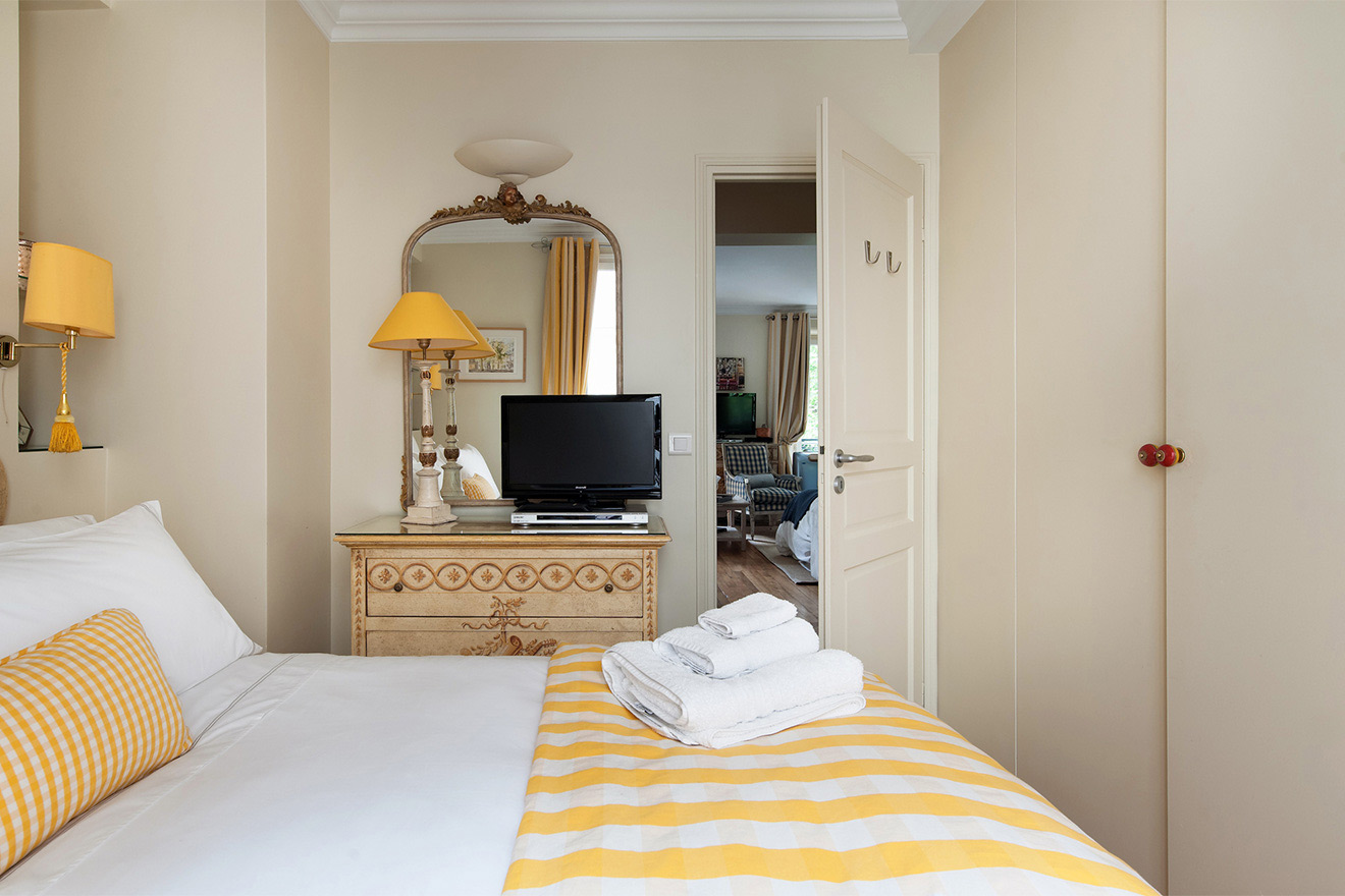 Lots of storage space in the cupboards of the Saint Julien vacation rental offered by Paris Perfect