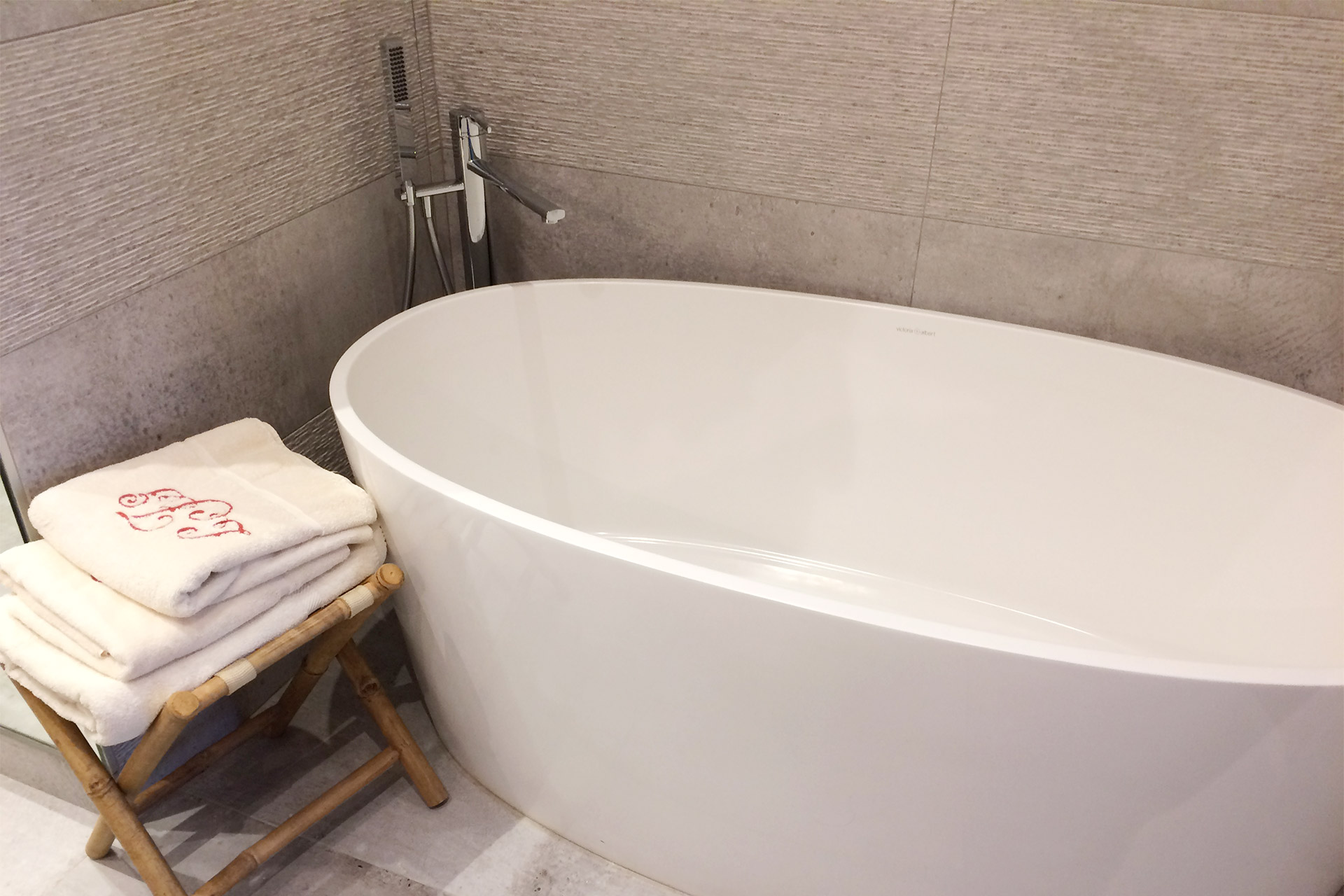 Soak in this relaxing bathtub in the Bailly Paris apartment