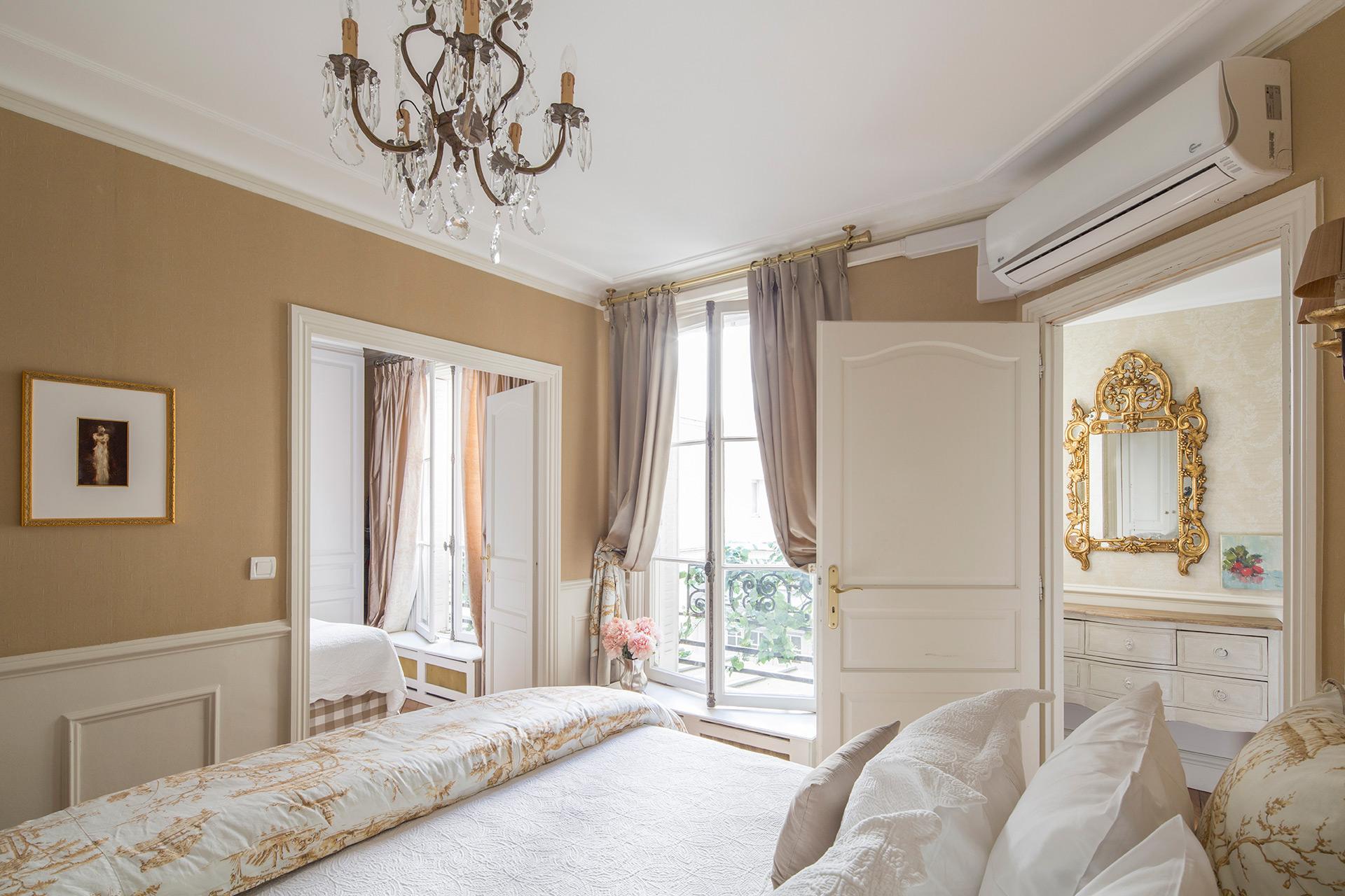 Toile de Jouy fabric extra wide queen bed
