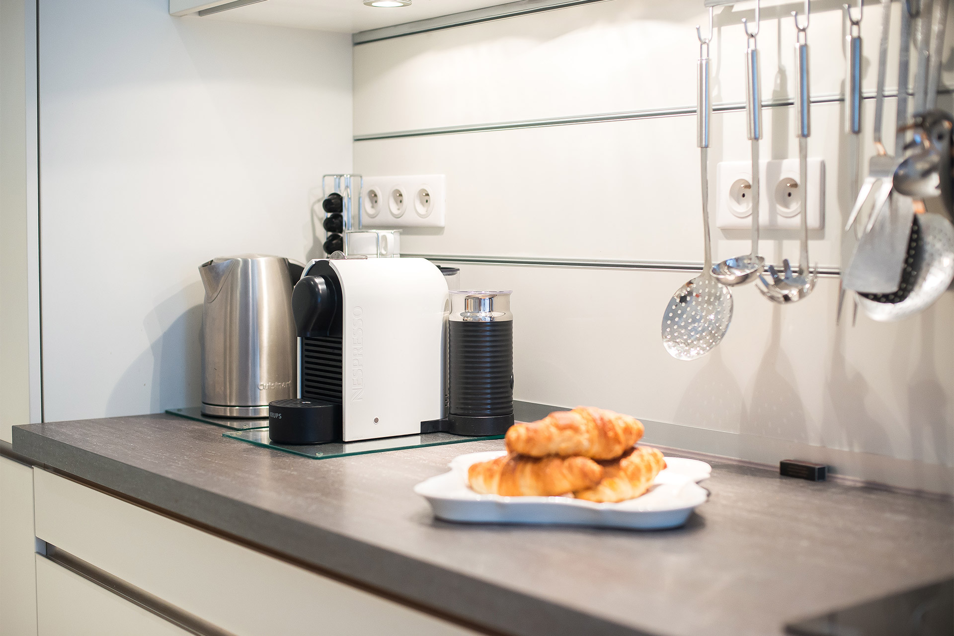 Nespresso machine and kettle in the Bel-Air vacation rental offered by Paris Perfect