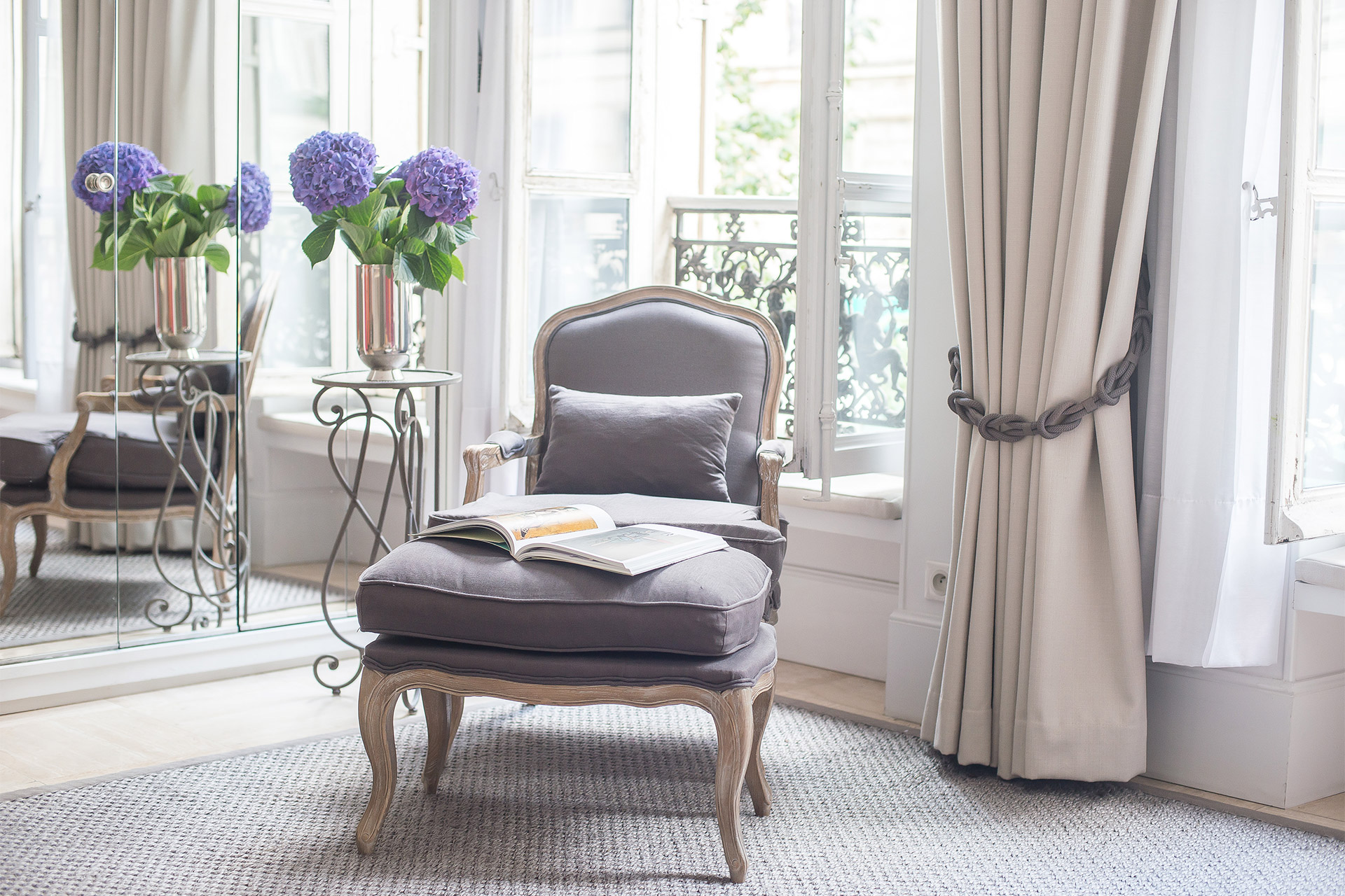 Spend peaceful evenings relaxing in your very own Parisian apartment