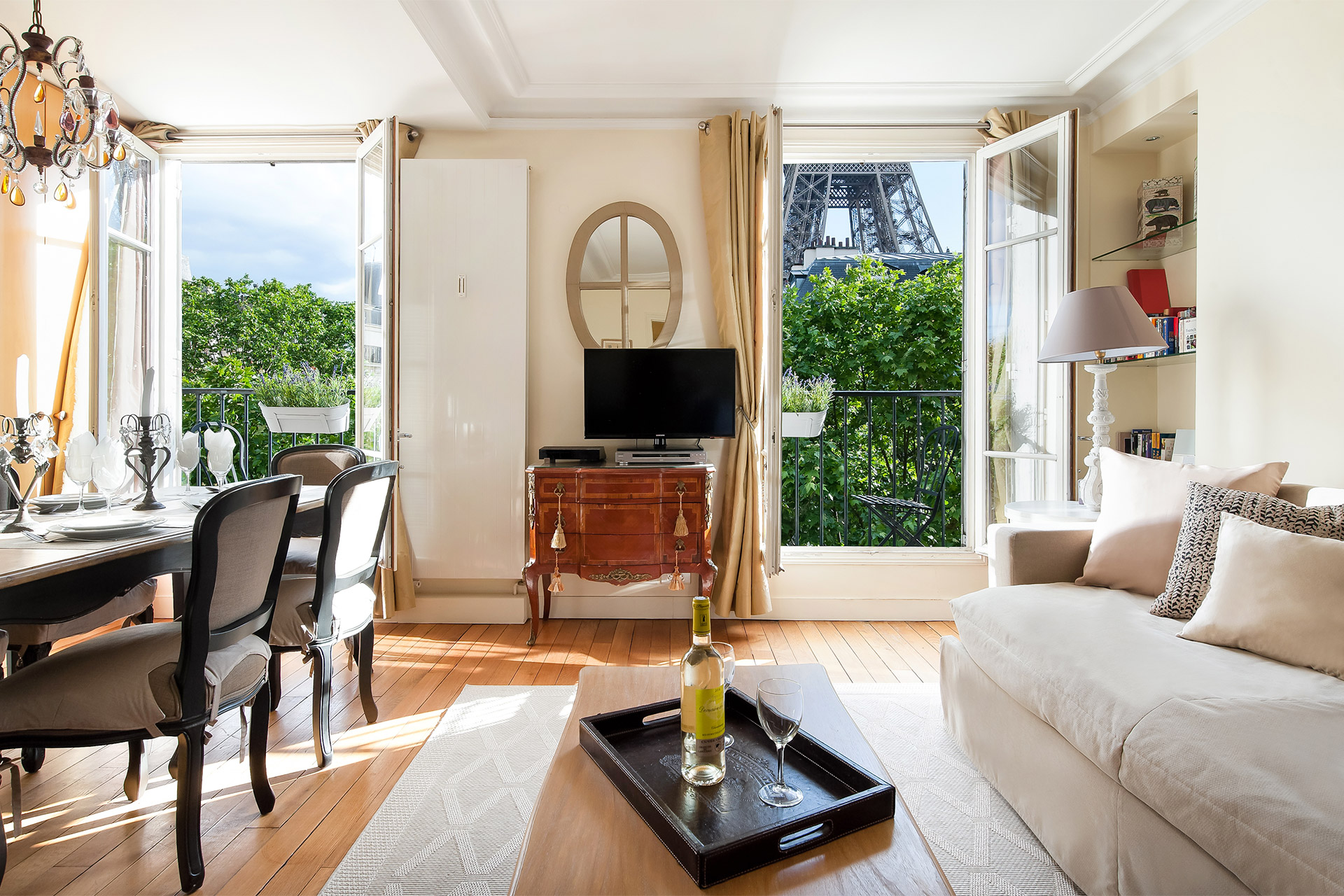 Book 3 Bedroom Apartment Rental Paris on the Left Bank ...