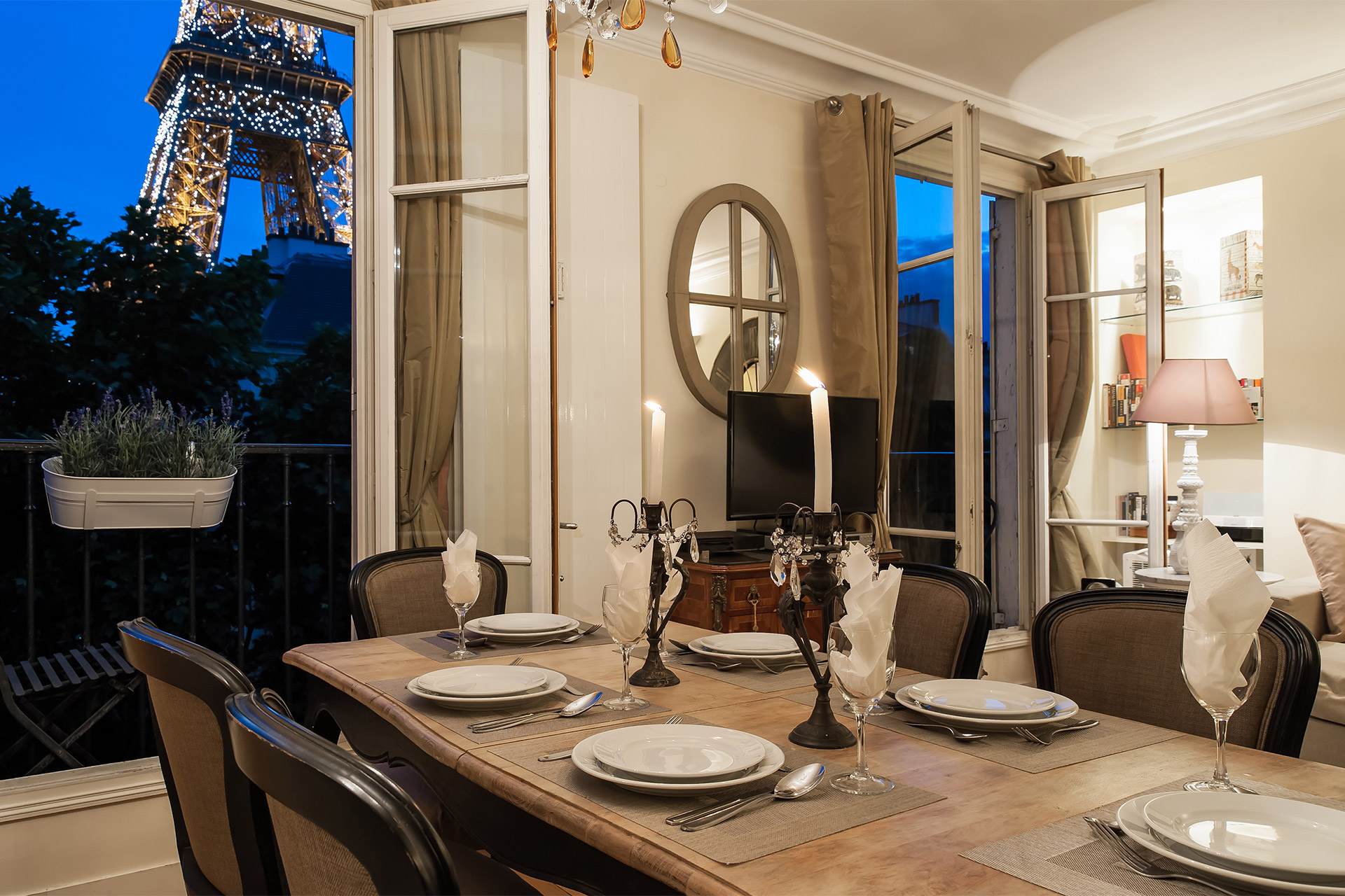 Dining table in the Bergerac vacation rental with stunning Eiffel Tower view