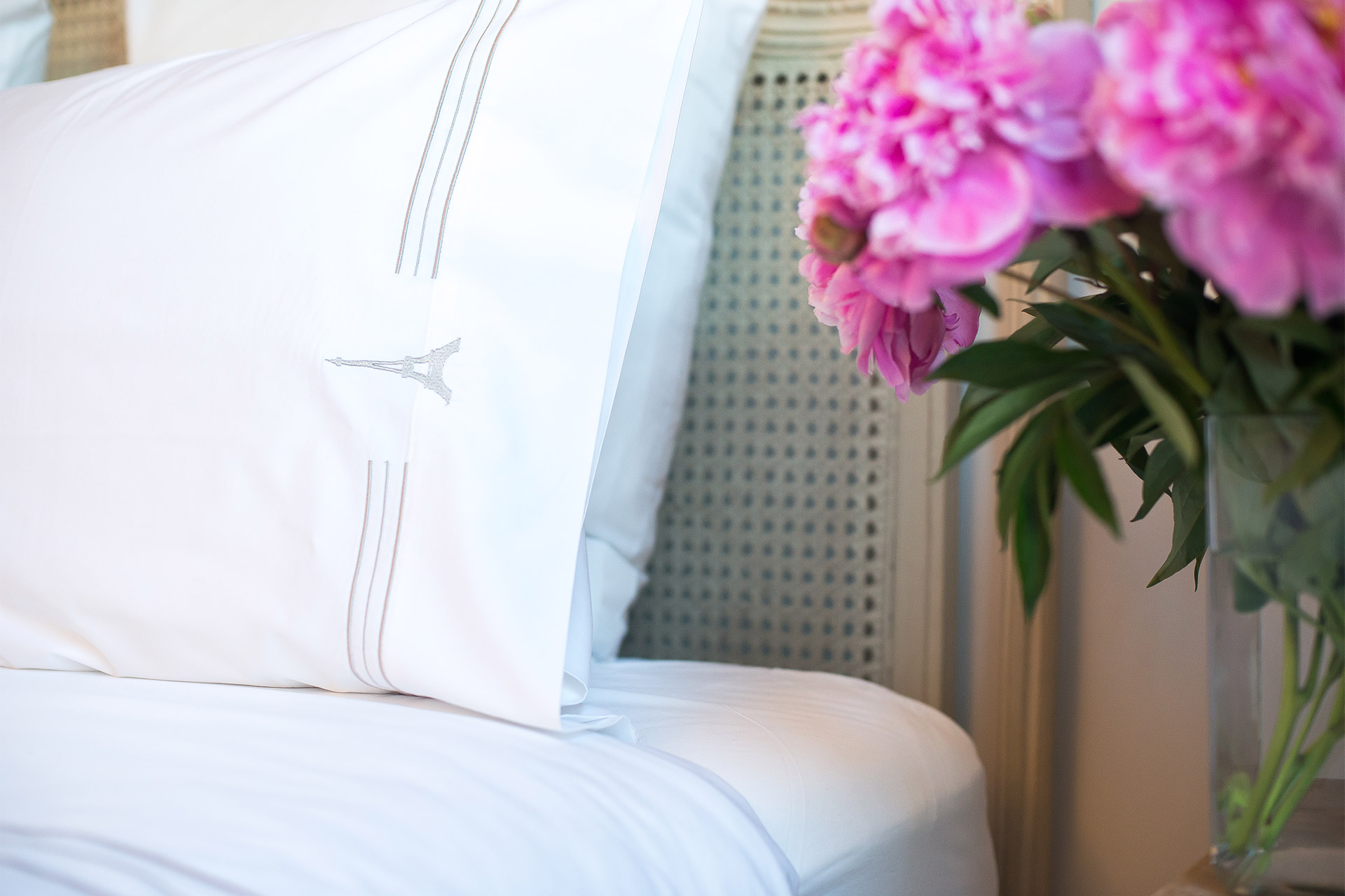 Sumptuous linens on all the beds in the Bergerac vacation rental offered by Paris Perfect