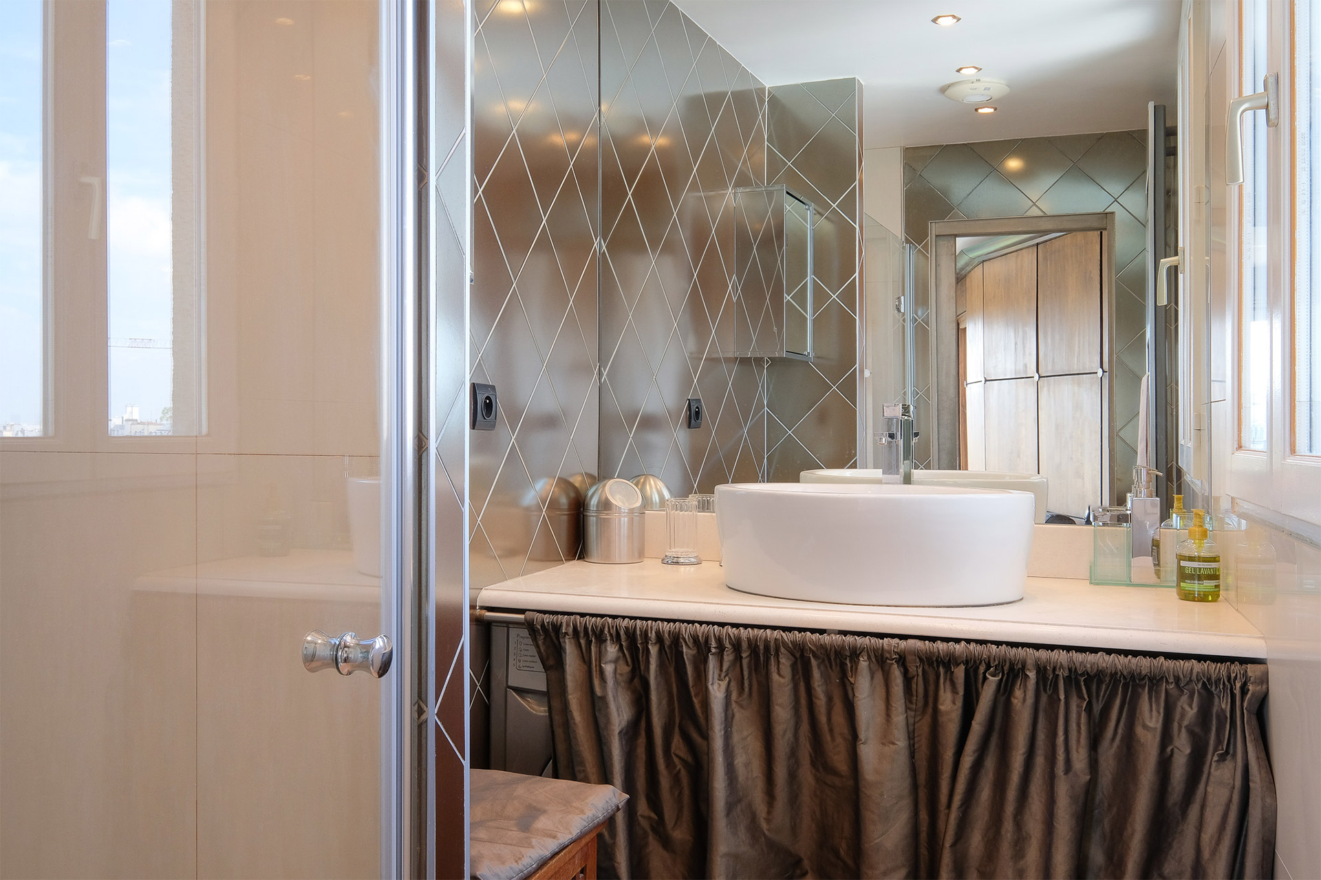 Bordeneuve bathroom with a large walk-in shower by Paris Perfect