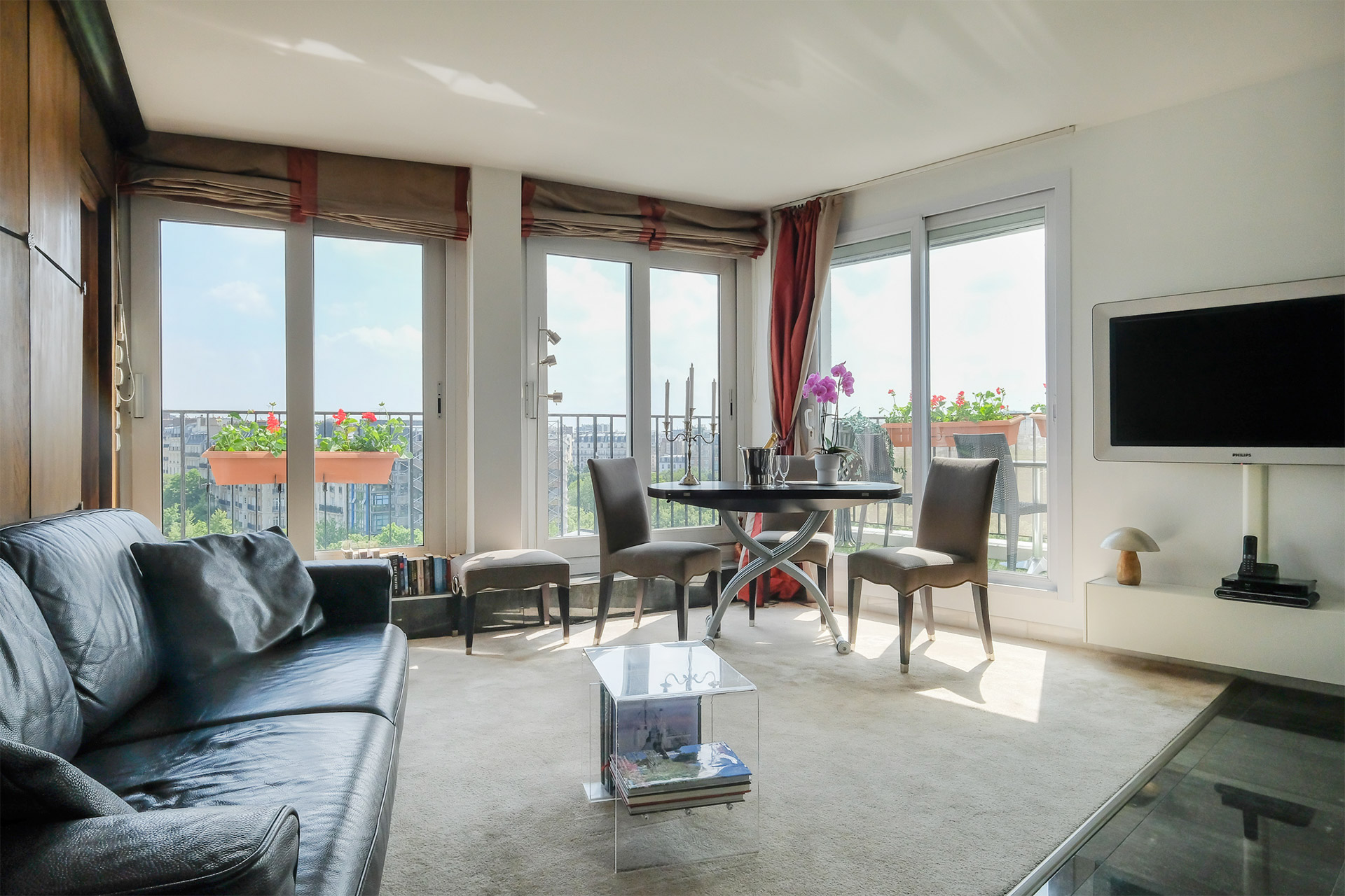Large open living room with wide views in the Bordeneuve Paris Perfect vacation rental