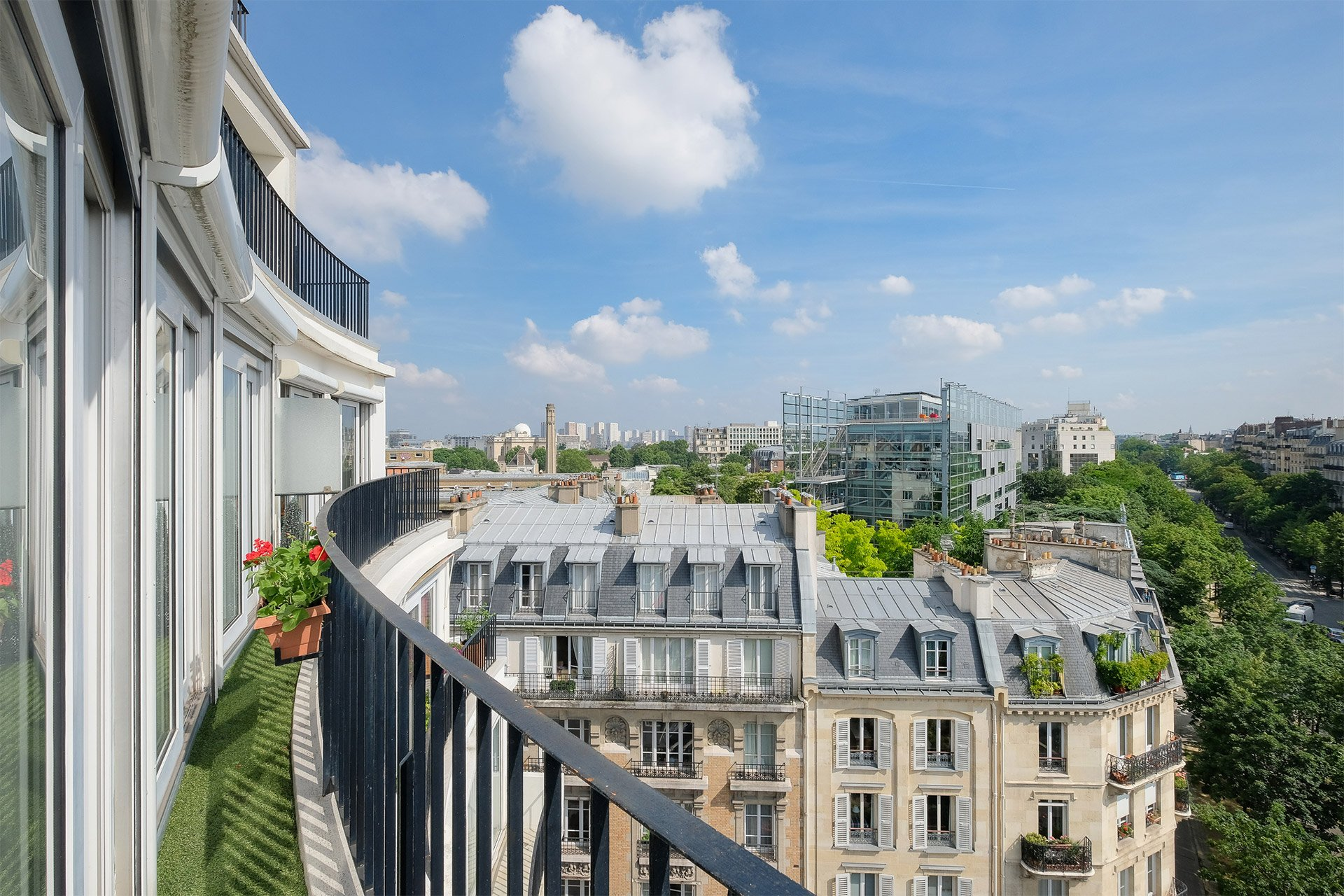 The large terrace at Bordeneuve Paris Perfect rental is a wonderful addition