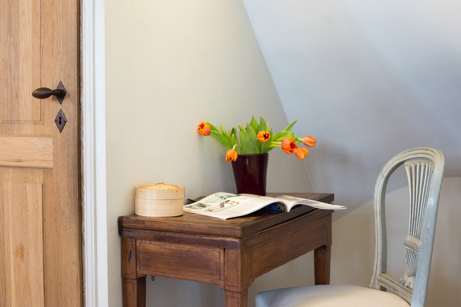 Plan your sightseeing from one of the many cozy nooks of the Brittany vacation rental offered by Paris Perfect
