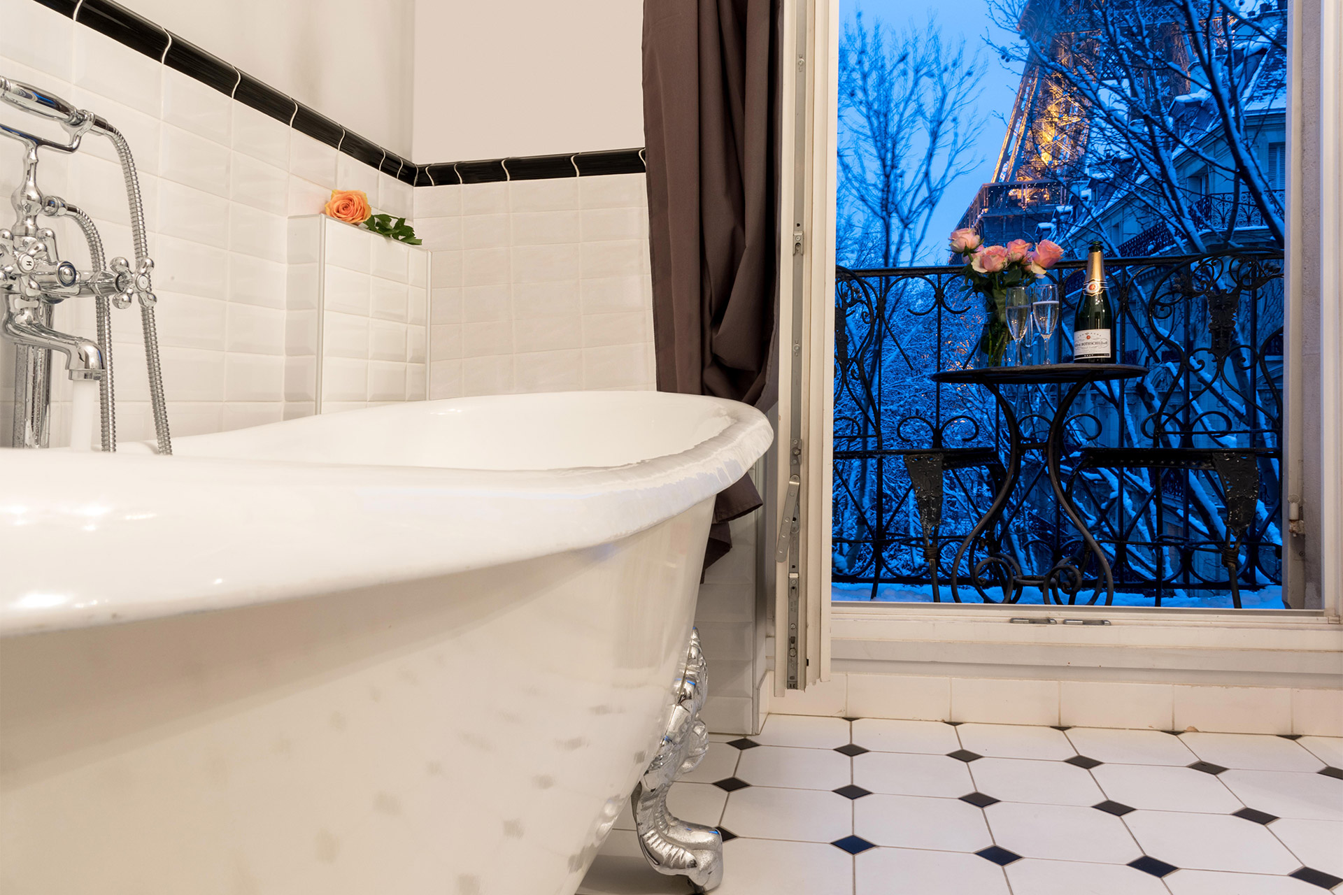 Enjoy a relaxing bath in the Chambertin vacation rental offered by Paris Perfect