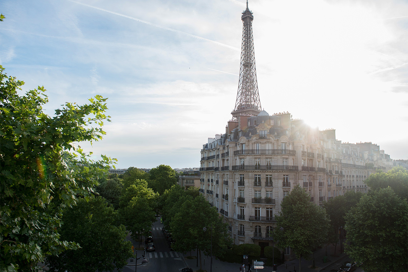 Amazing Eiffel Tower view from the Champagne vacation rental offered by Paris Perfect