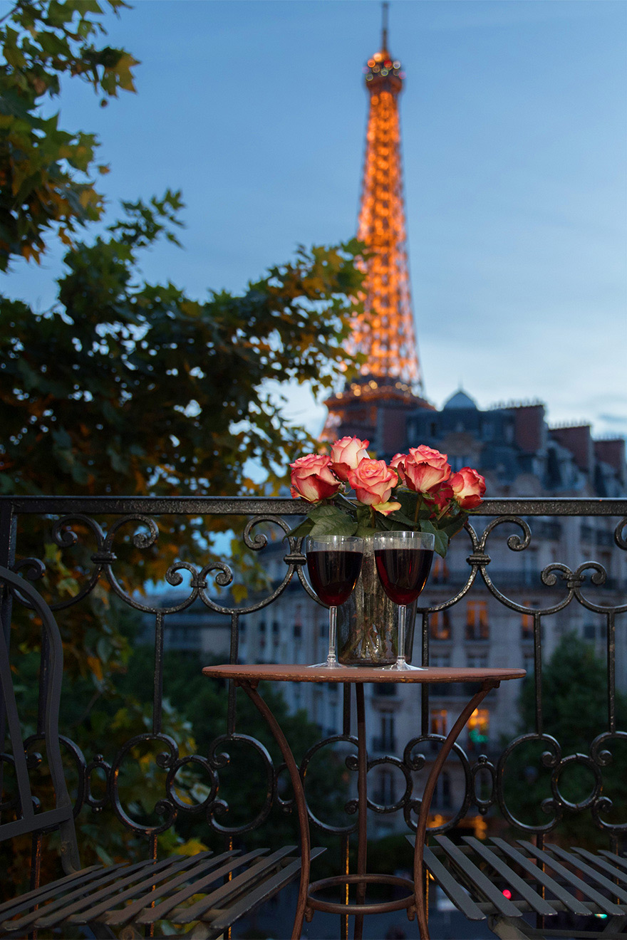 Eiffel Tower view from the balcony of the Champagne vacation rental offered by Paris Perfect