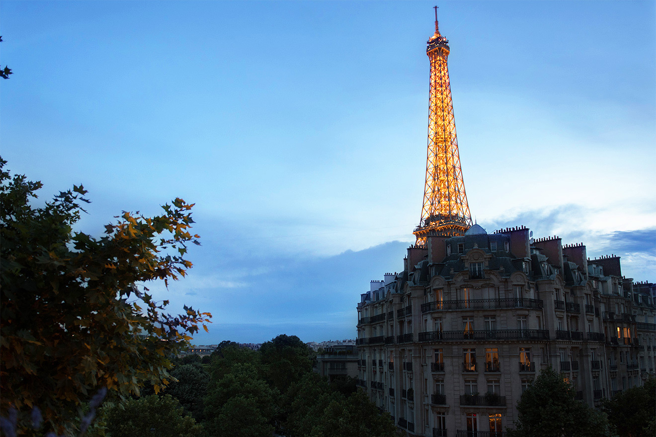 The Eiffel Tower is just minutes away from the Champagne vacation rental offered by Paris Perfect