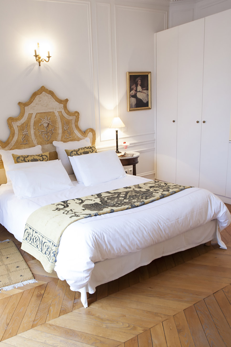 Parisian style in the third bedroom of the Chateauneuf vacation rental offered by Paris Perfect