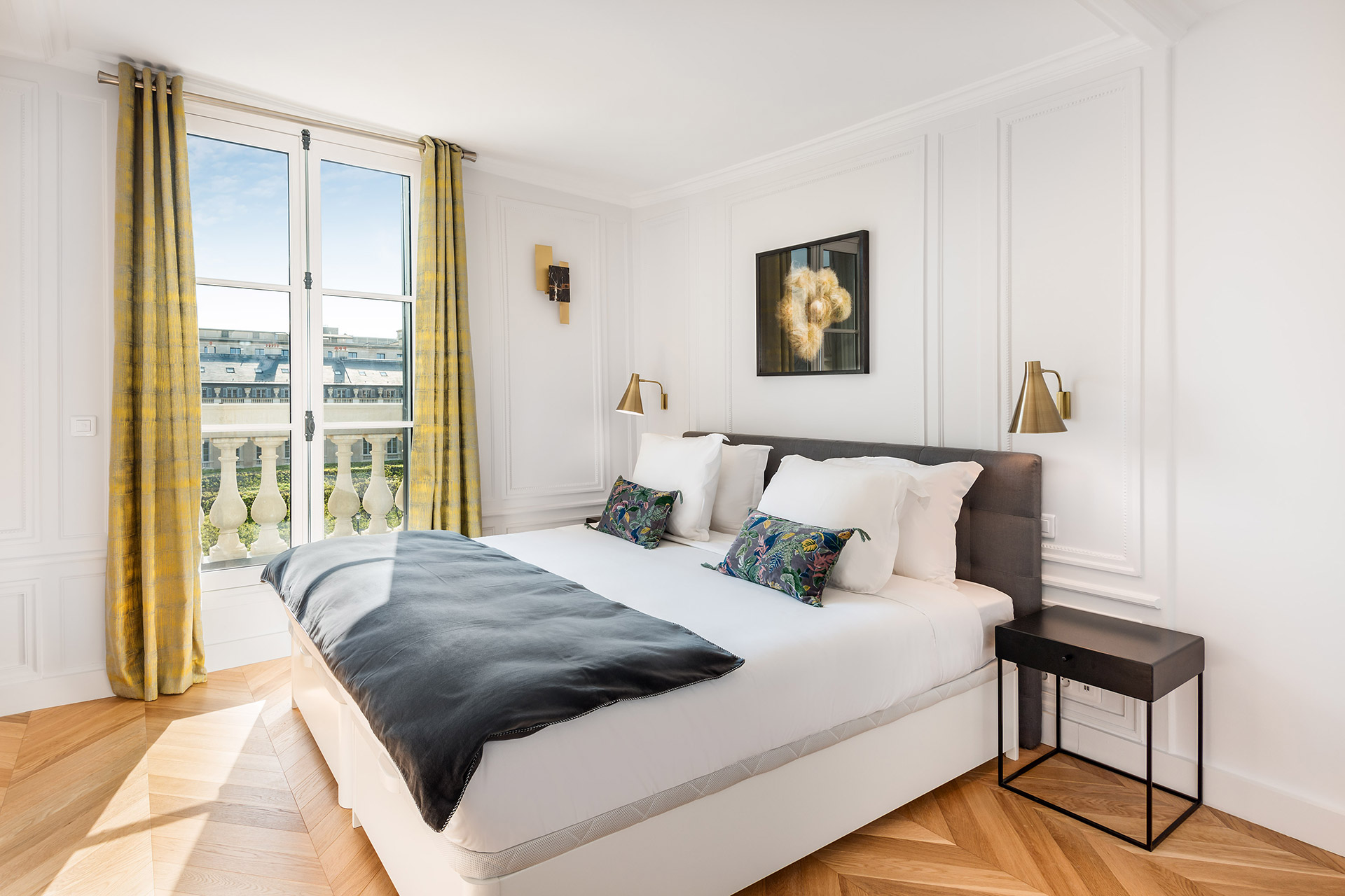 Luxurious bedroom 2 in the Chevalier vacation rental by Paris Perfect
